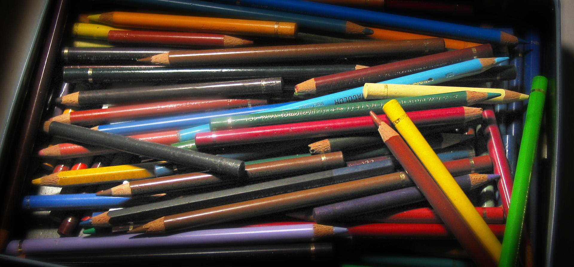 Front-Slide_Case-Studies_Pencil-Box_Low-Blur_180dpi_04E